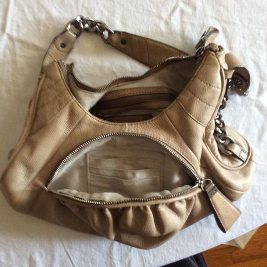 B. Makowsky Leather Cream Hobo Rocker Style Pocket With Card Slots Small Shoulder Bag