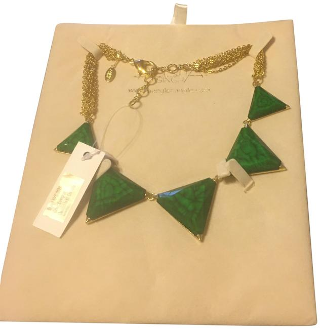 Item - Evergreen Necklace