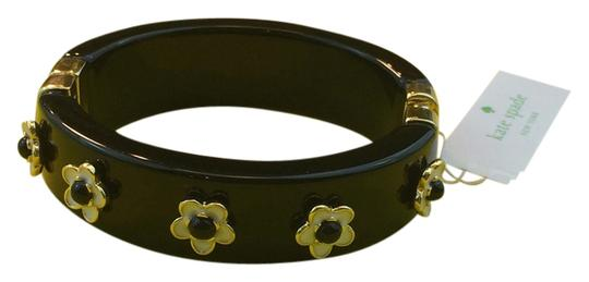 Preload https://item4.tradesy.com/images/kate-spade-british-and-french-inspired-mod-60-s-flair-kate-spade-mod-floral-hinged-bangle-bracelet-2726383-0-0.jpg?width=440&height=440