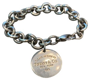 Tiffany & Co. Return to Tiffany Round Tag bracelet