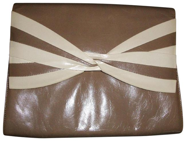 Bruno Magli Tan/Beige Wedding Formal Tan/Beige Lambskin Leather Clutch Bruno Magli Tan/Beige Wedding Formal Tan/Beige Lambskin Leather Clutch Image 1
