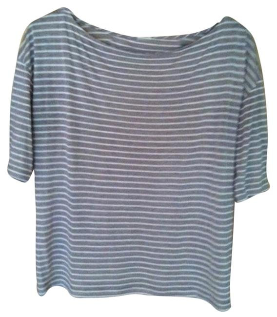 Preload https://item1.tradesy.com/images/jcrew-taupe-tee-shirt-size-4-s-2726965-0-0.jpg?width=400&height=650