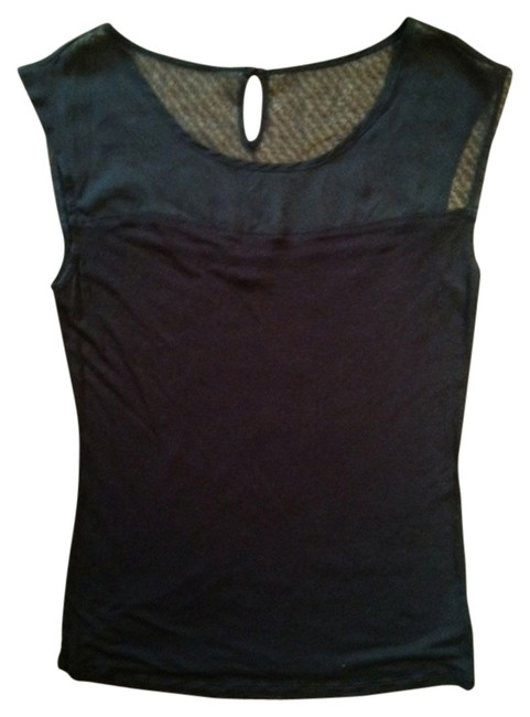 Preload https://item3.tradesy.com/images/gap-black-night-out-top-size-8-m-2727007-0-0.jpg?width=400&height=650