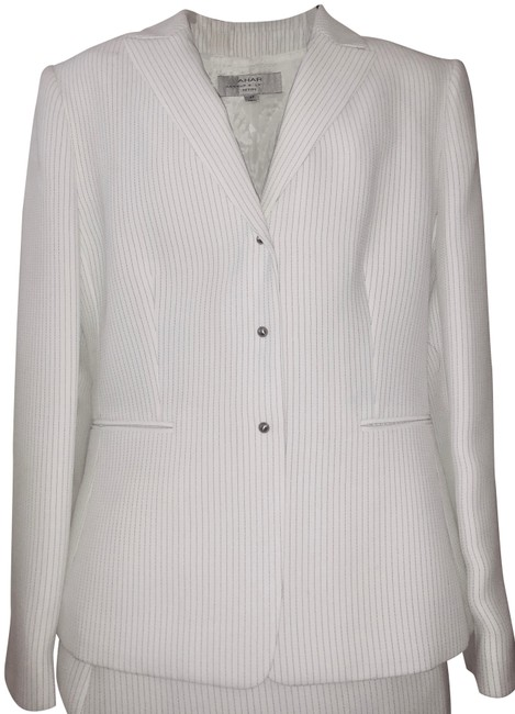 Item - White with Cream Stripes 2-pieces Fitted Skirt Suit Size Petite 8 (M)