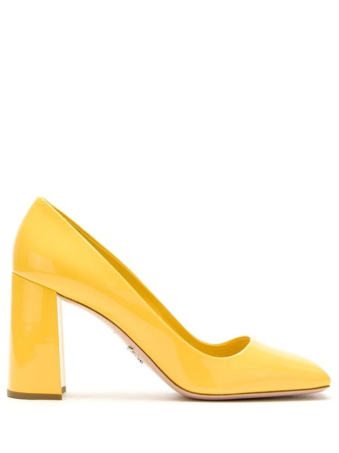 Item - Yellow Gr Patent Leather Pumps Size EU 38 (Approx. US 8) Regular (M, B)