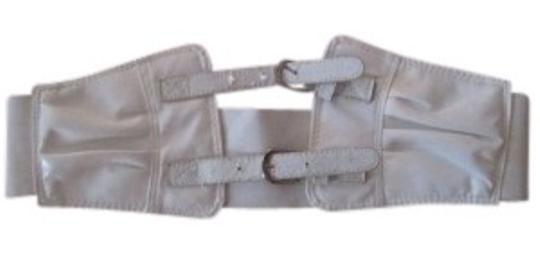 Preload https://item4.tradesy.com/images/body-central-white-stretchy-belt-27273-0-0.jpg?width=440&height=440
