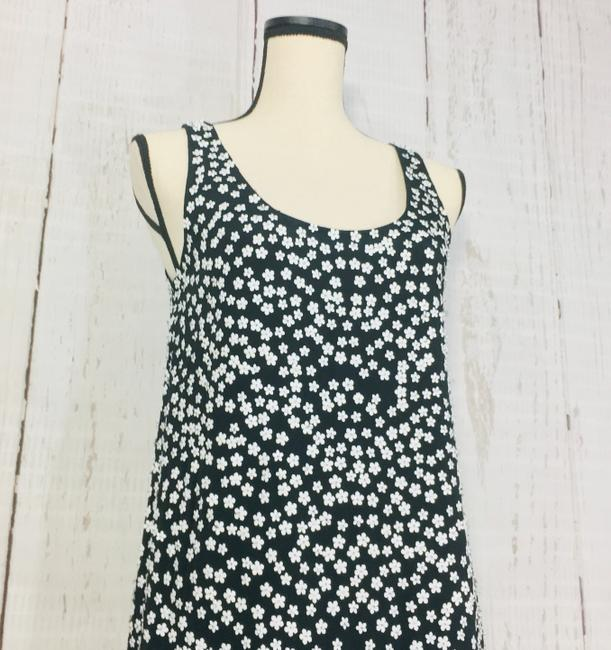 French Connection Black White Drape Sleeveless Floral Short Cocktail Dress Size 6 (S) French Connection Black White Drape Sleeveless Floral Short Cocktail Dress Size 6 (S) Image 3