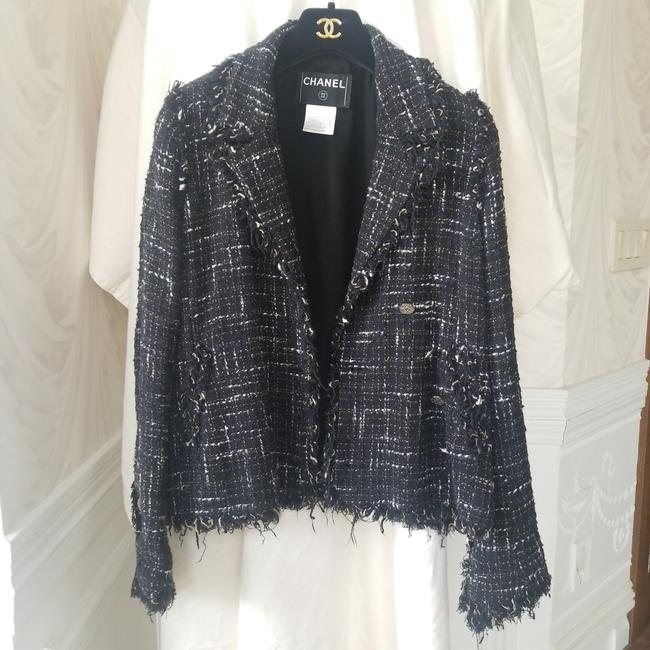 Item - Vintage Black and White with Details On Sleeve and Buttons Down The Front Jacket Size 8 (M)