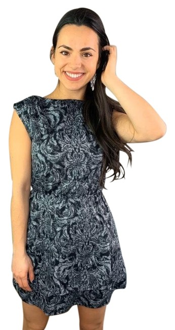 Item - Black Sleeveless & Gray Floral Short Cocktail Dress Size 2 (XS)