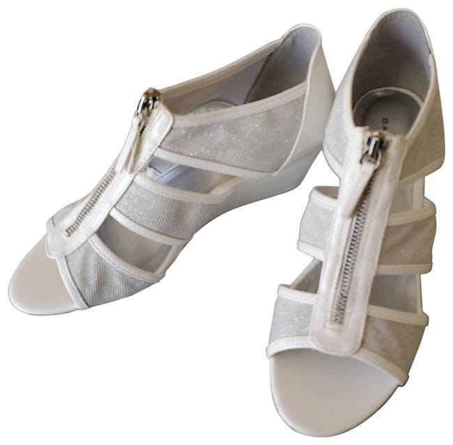 Item - White /Silver White/Silver Wedges Size US 8 Regular (M, B)