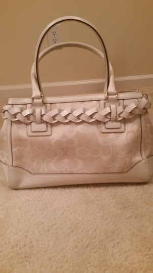 Coach Satchel in white And Ivory