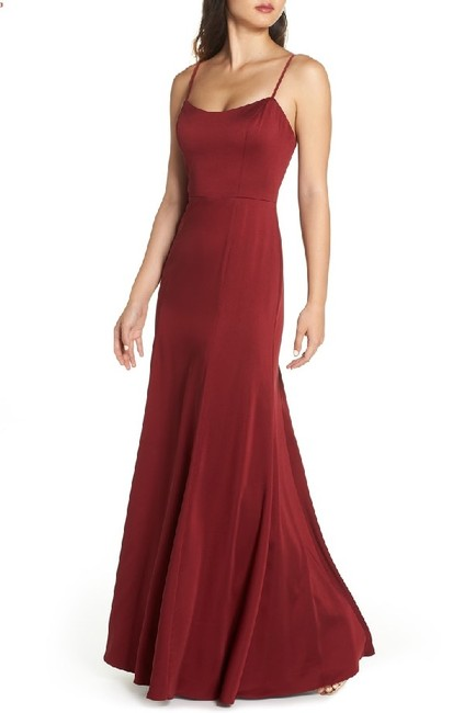 Item - Burgundy Aniston Luxe Crepe Gown Long Formal Dress Size 10 (M)