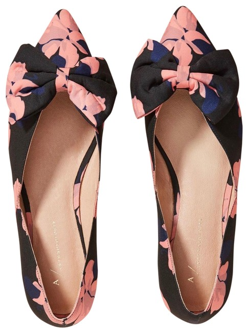 Item - Black and Pink Style No. 53564514 Flats Size US 7 Regular (M, B)