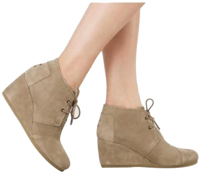 TOMS Tan Desert Wedge Suede Boots/Booties Size US 7.5 Regular (M, B) TOMS Tan Desert Wedge Suede Boots/Booties Size US 7.5 Regular (M, B) Image 1