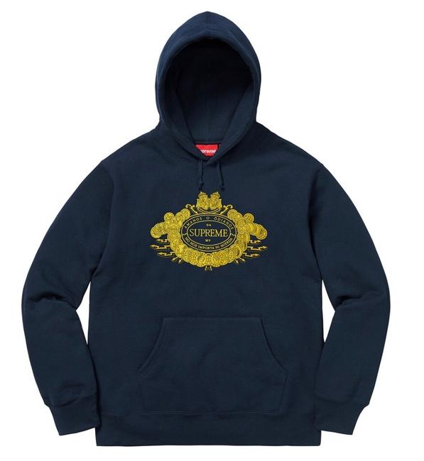 Item - Navy Embroidered Graphic Sweatshirt/Hoodie Size 6 (S)