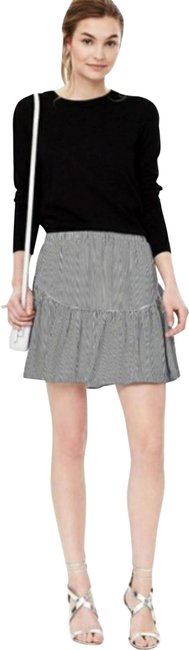 Item - Black and White Striped Tired Skirt Size 8 (M, 29, 30)