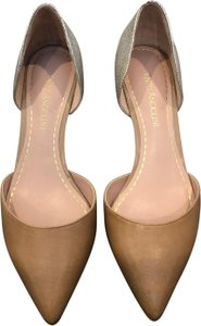 Enzo Angiolini beige and silver Pumps