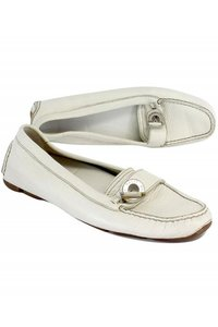 Bally Leather Loafers White Pumps