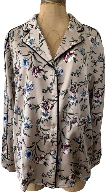 Item - Pink Floral Pre-owned Satin Button-down Pajama Small Blouse Size 6 (S)