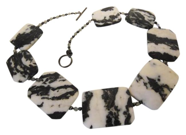 "Item - Black & White Zebra Jasper Gemstone 18"" Necklace"