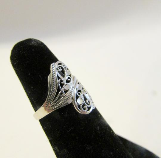 Michael Anthony Jewelry Authentic Michael Anthony 10k White Gold Ring size 6