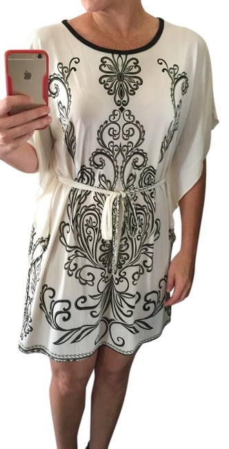 Preload https://item3.tradesy.com/images/free-culture-cream-and-black-white-above-knee-short-casual-dress-size-4-s-2728807-0-2.jpg?width=400&height=650