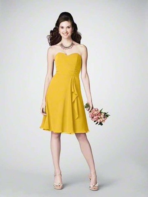 Item - Canary Yellow Chiffon 7176 Casual Bridesmaid/Mob Dress Size 6 (S)
