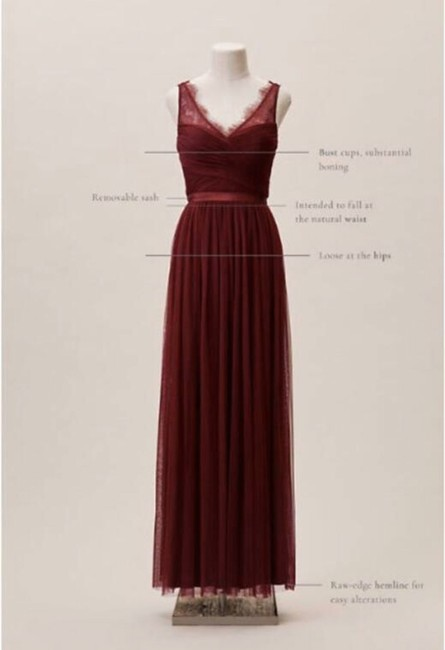 Item - Burgundy Nylon Tulle Lace; Polyester Lining Fleur Formal Bridesmaid/Mob Dress Size 12 (L)