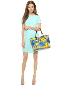 Marc by Marc Jacobs Jerrie Floral Metropolitote Tote in Yellow Jacket