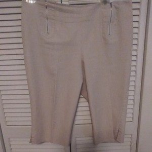 Patchington Capris Tan & White capri