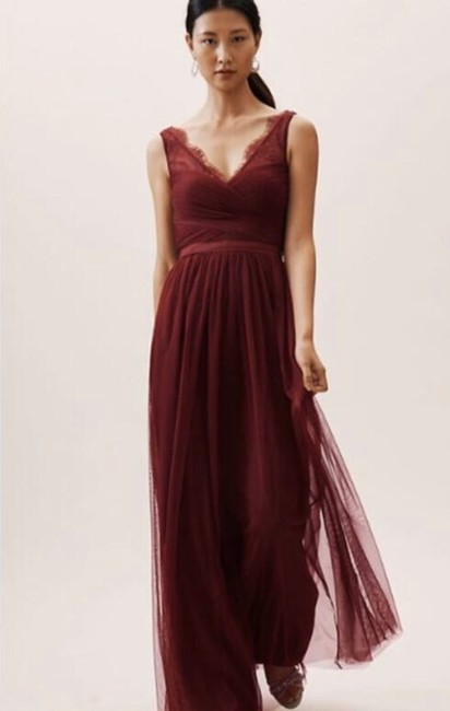 Item - Burgundy Nylon Tulle Lace; Polyester Lining Fleur Formal Bridesmaid/Mob Dress Size 14 (L)