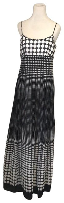 Item - Black and White 54163 Long Cocktail Dress Size 8 (M)