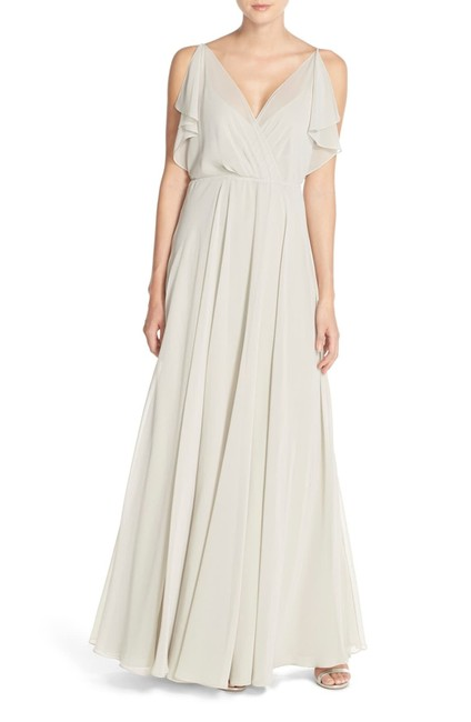 Item - Earl Grey Cassie Flutter Sleeve Gown Long Formal Dress Size 10 (M)