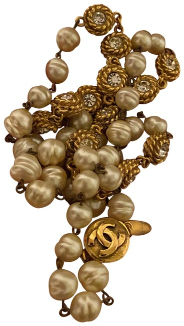 Item - Pearl/ Gold Plated Vintage Necklace
