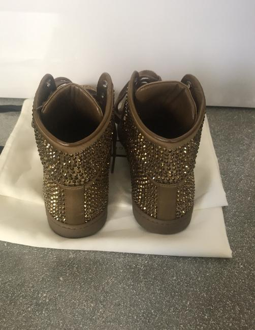 Gucci Gold Sneakers Size EU 38 (Approx. US 8) Regular (M, B) Gucci Gold Sneakers Size EU 38 (Approx. US 8) Regular (M, B) Image 5