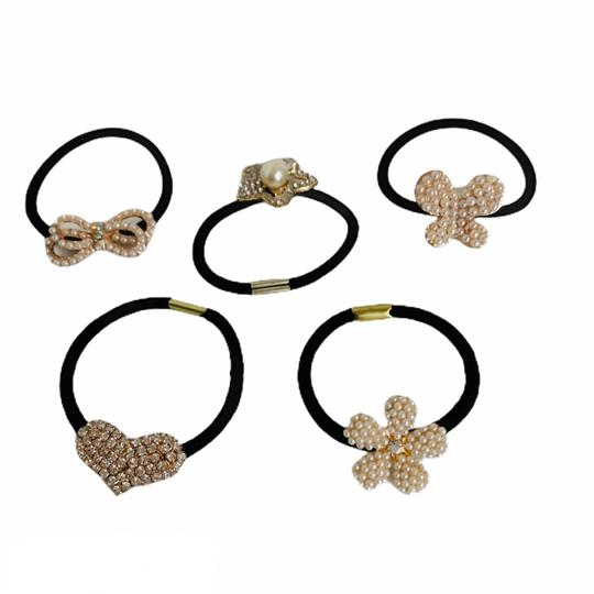 Preload https://img-static.tradesy.com/item/27303245/white-set-of-5-pearl-and-crystal-bands-hair-accessory-0-0-540-540.jpg