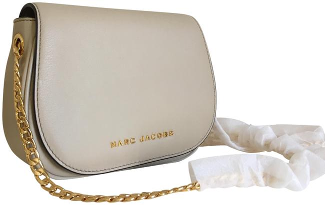 Marc Jacobs Avenue / Antique Beige Leather Cross Body Bag Marc Jacobs Avenue / Antique Beige Leather Cross Body Bag Image 1