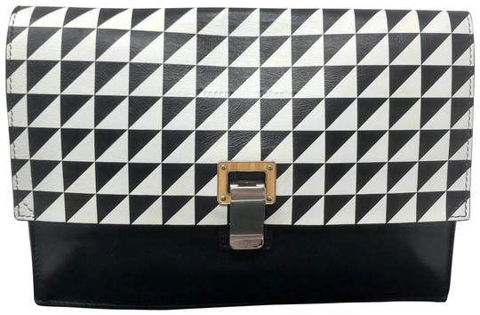 Preload https://img-static.tradesy.com/item/27304251/proenza-schouler-small-lunch-geometric-printbike-and-chains-interior-black-and-white-multi-colored-l-0-1-540-540.jpg