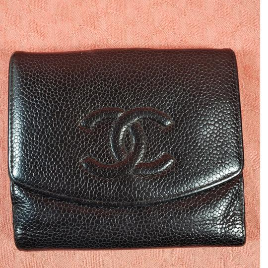Preload https://img-static.tradesy.com/item/27304253/chanel-black-cc-logo-trifold-wallet-0-1-540-540.jpg