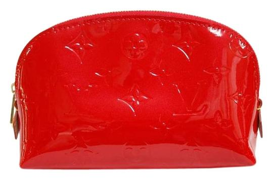 Preload https://img-static.tradesy.com/item/27304764/louis-vuitton-cosmetic-makeup-pouch-enamel-m91496-ladies-women-red-color-white-vernis-clutch-0-1-540-540.jpg