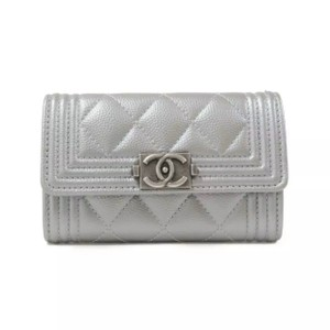 Chanel metallic caviar quilted boy card holder wallet silver