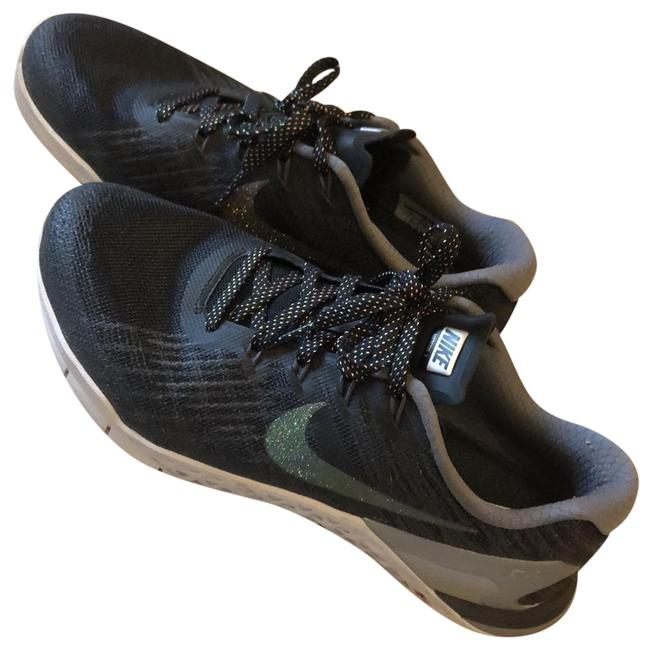 Nike Black Metcon Sneakers Size US 9 Regular (M, B) Nike Black Metcon Sneakers Size US 9 Regular (M, B) Image 1
