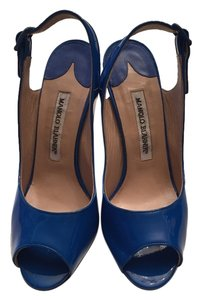 Manolo Blahnik Patent Leather Slingback Peep Toe blue Pumps