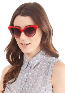 Modcloth Modcloth A Classic Treat Sunglasses in Ruby