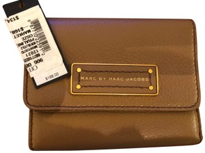 Marc by Marc Jacobs NEW Too Hot To Handle Trifold Leather Wallet