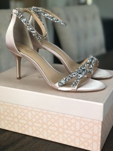 Badgley Mischka Champagne Jewel By Caroline Satin Rhinestone Heel Formal Size US 9 Regular (M, B)