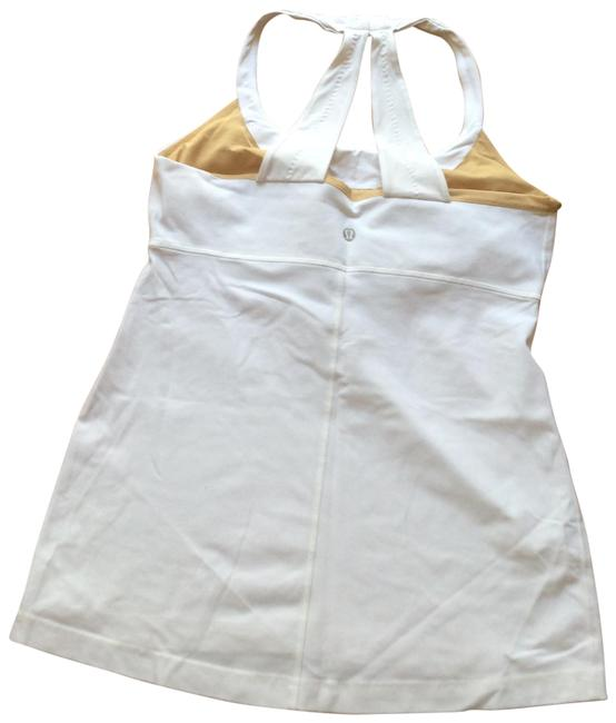 Item - White Activewear Top Size 6 (S)