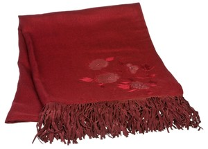 La Belle Armoi La Belle Armoi Burgundy Embroidered Floral Print Suede Fringe Scarf