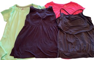 Reebok 4 work out tops