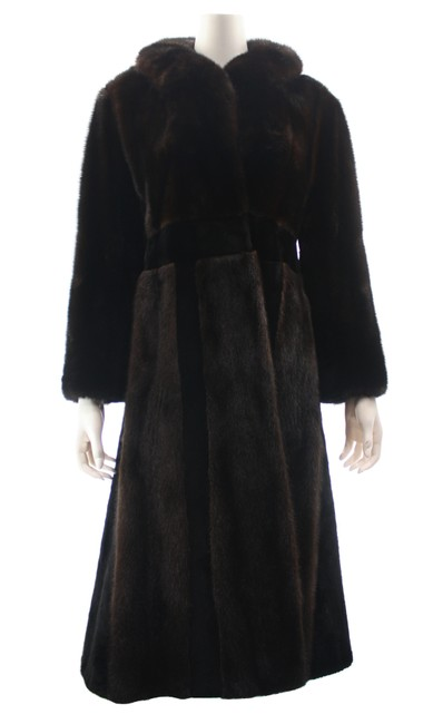 Item - Brown Full Length Small Coat Size 4 (S)